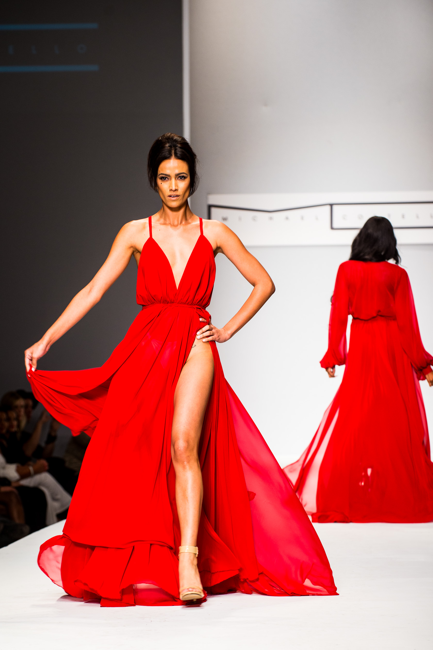 Celebrity Designer Michael Costello Stunned the Audience at Style ...