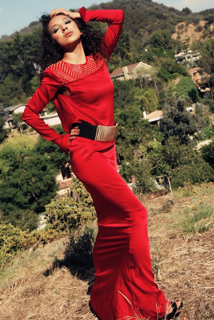 Elégance Rétro Black n' Red Dresses