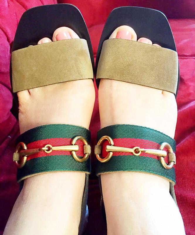 c2166ab8ac2 Gucci Querelle Web Suede Sandal Marron Glace